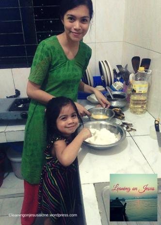 Joanna & I baking
